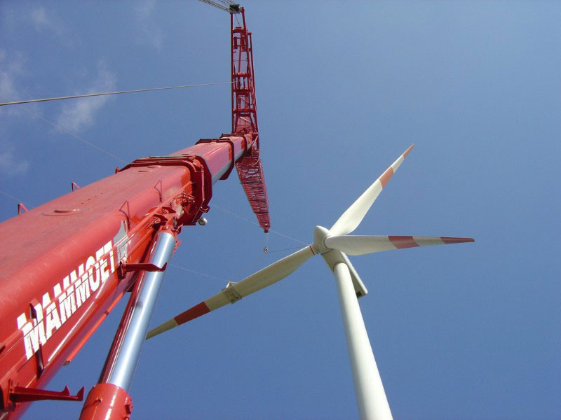 Installation of a rotor blade