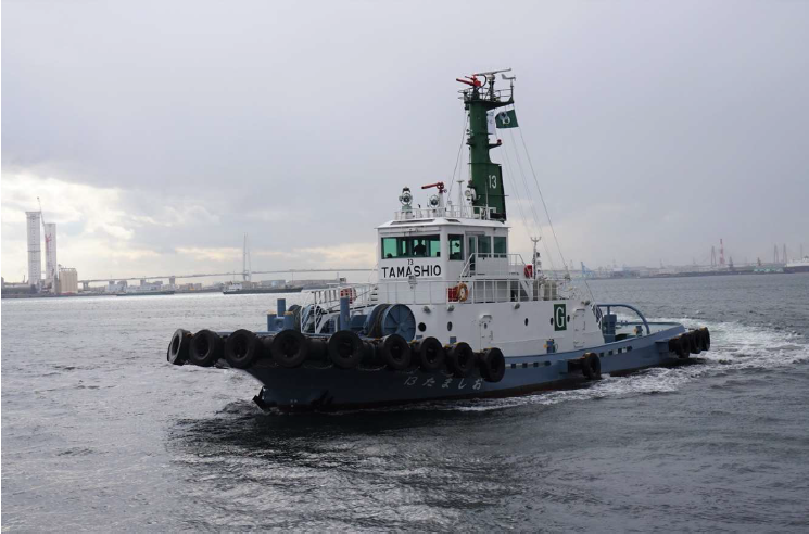 The MOL Group's tugboat 13 Tamashio undergoes sea trials using euglena biodiesel fuel.