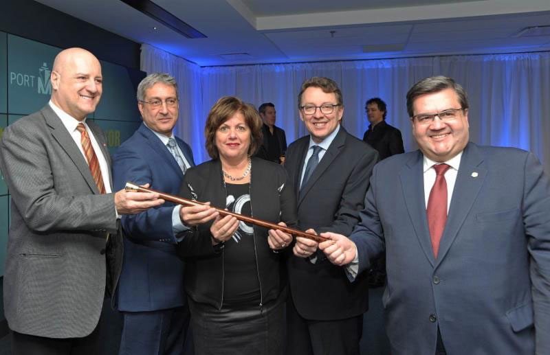 From left to right: Michel Picard, Member of Parliament for Montarville representing the Honourable Marc Garneau, Minister of Transport of Canada; Denis Blondeau, President, SMK Tanker Agency Inc., representing Captain Danel Ju; Sylvie Vachon, President and CEO of the Montreal Port Authority; Jean D'Amour, Minister for Maritime Affairs, and Denis Coderre, Mayor of the City of Montreal.