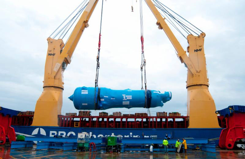 A 1.5 million pound steam generator offloaded at SCPA's Columbus Street Terminal on December 20, 2014.