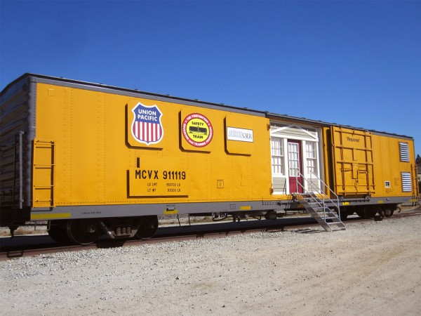 Modular Classroom Observation ~ Union pacific railroad converts boxcar into mobile