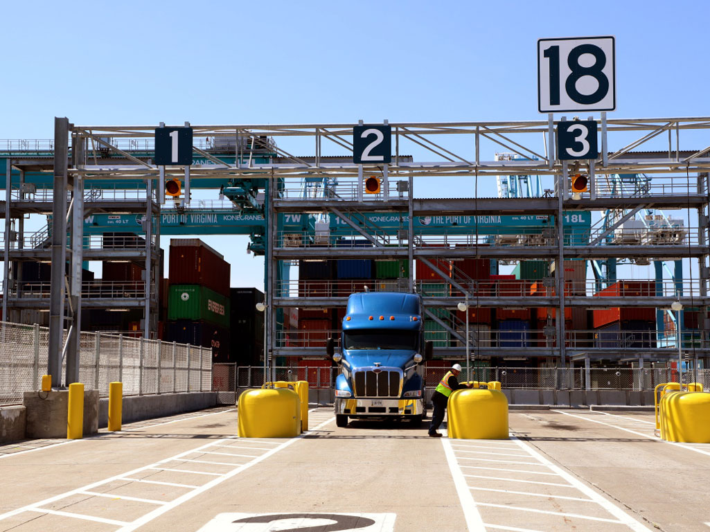 Trucks moving containers through The Port of Virginia enjoy an average turn time of just 36 minutes, with nearly 90 percent of all moves predictably completed in less than an hour.